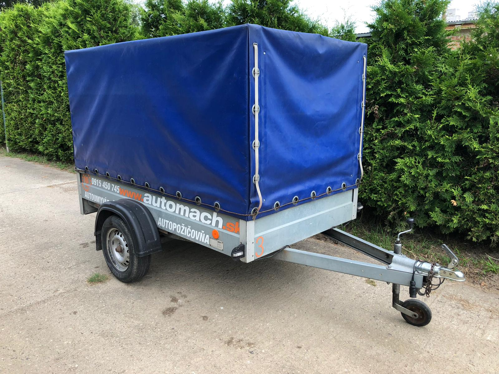 Prívesný vozík plachtový do 750kg s rozmermi 2,25m x 1,25m x 1,3m